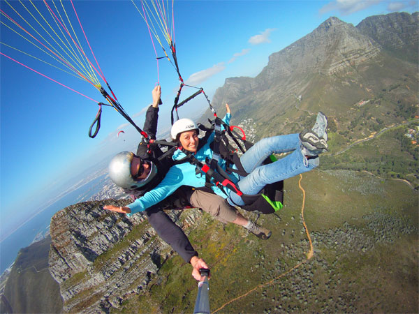Paragliding from Lions Head in Cape Town