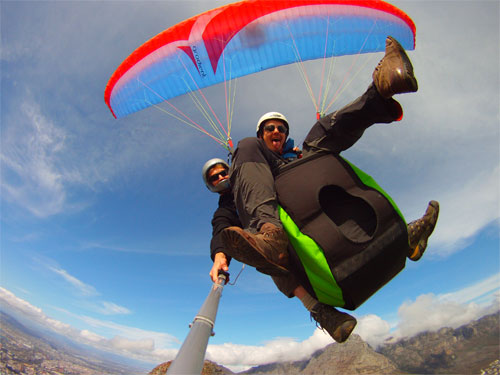 Chris paragliding from Lions Head with Cape Town Tandem Paragliding